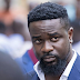 """Sarkodie promotes """"illegal money"""" in new song!!!"""