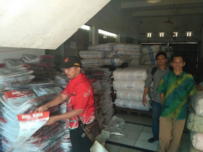 Panwaslu Kota Bandarlampung Periksa Gudang Logistik Arinal-Nunik