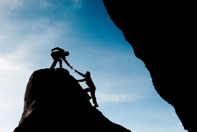 Apakah Kamu Merasa Tidak Berguna dan Tidak Dibutuhkan? Tidak Susah Kok Menjadi Seseorang yang Bermanfaat, Cukup Ikuti Tips Ini Aja