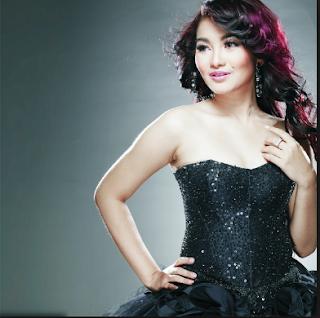 Download Lagu Dangdut Mp3 Terbaru Fitri Carlina Full Album Lengkap 2018