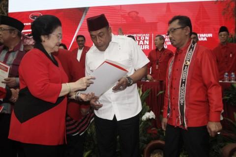 PDIP Usung Komandan Brimob Polri di Pilgub Maluku, Murad Ismail Siap Mundur dari Jabatan