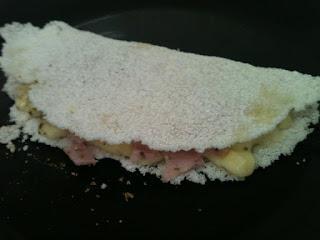 Tapioca com peito de Peru e Cream Cheese