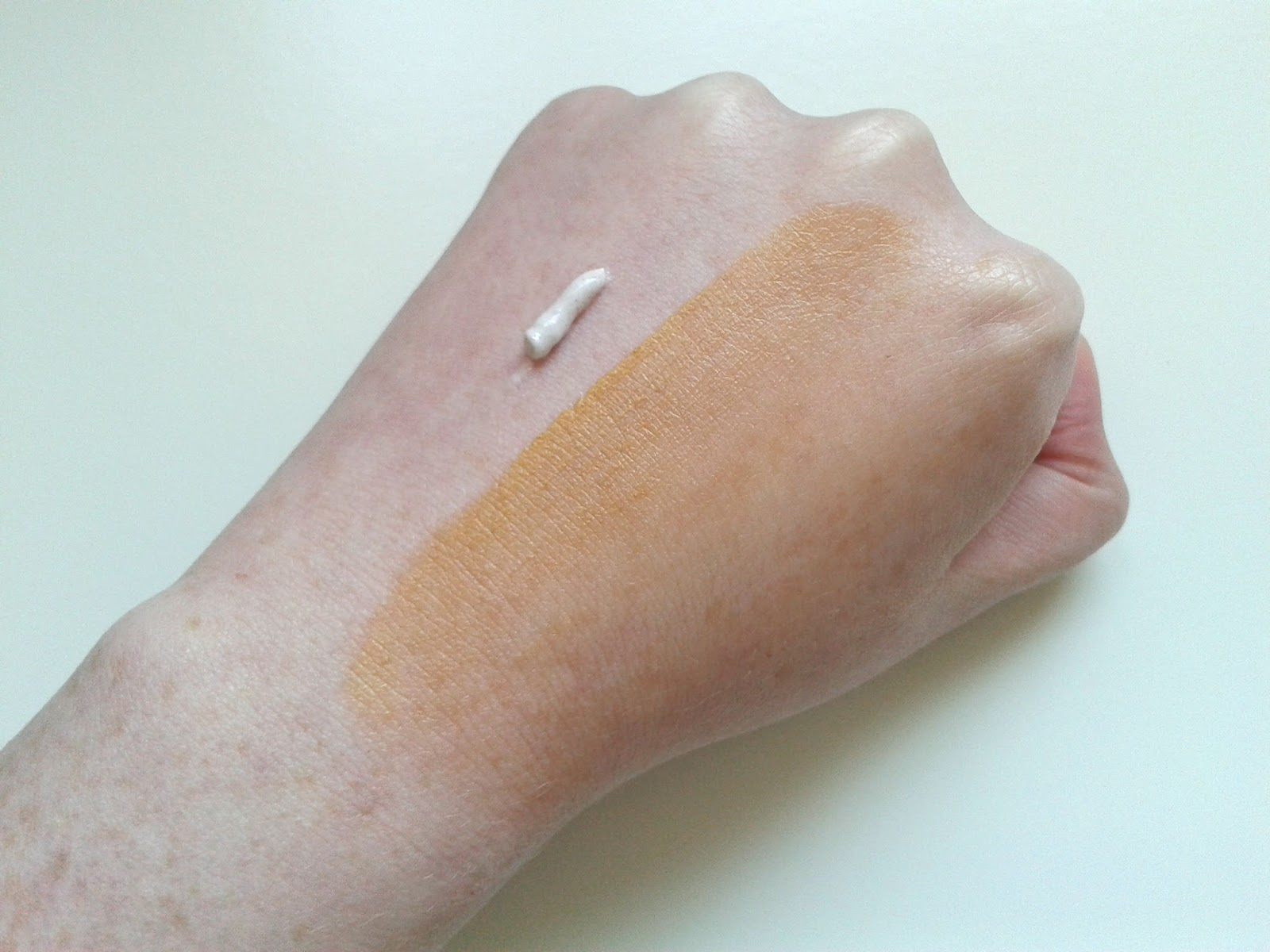 Soap & Glory's Glow Job Review Swatch
