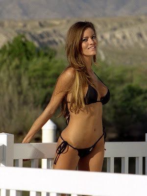 Famous Wallpapers Holly Weber Ameircan Actress And Model