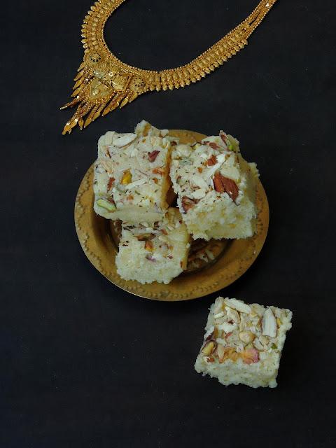 Thenga Mawa Burfi, Coconut Khoya burfi