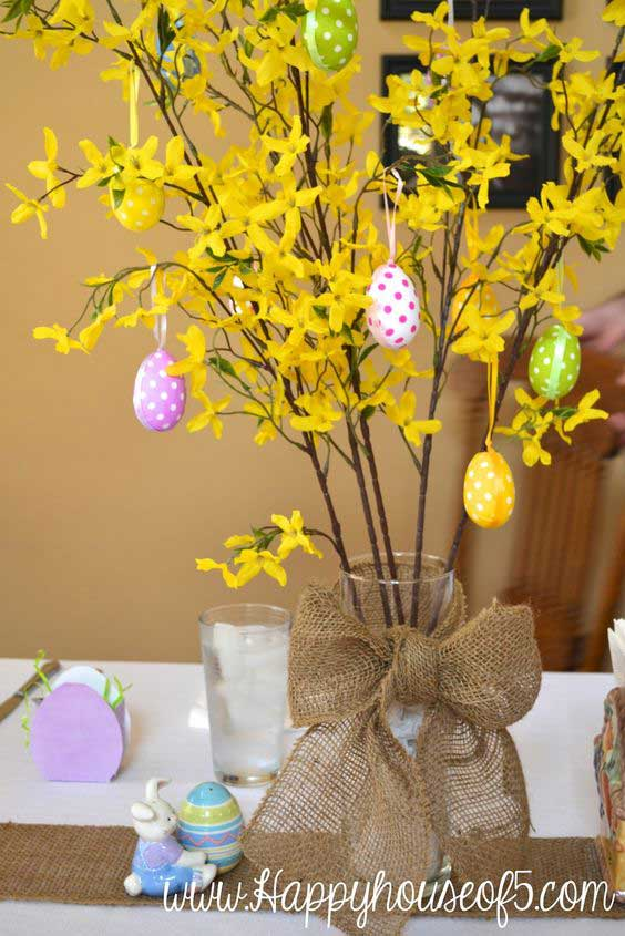32 diy easter centerpieces to dress up your dinner table do it yourself ideas and projects. Black Bedroom Furniture Sets. Home Design Ideas