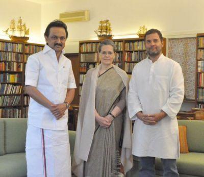 9 In Delhi, Stalin meets Sonia, Rahul