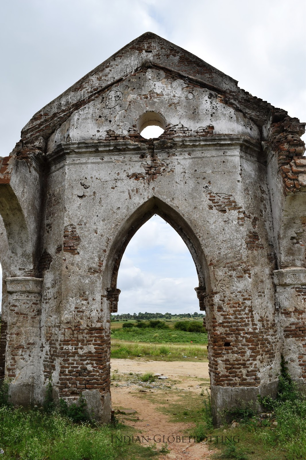 Gothic Style arch of shettihalli church