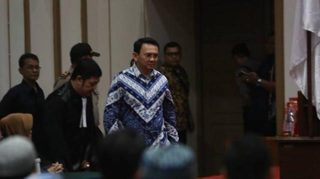 Breaking News, Ahok Divonis 2 Tahun Penjara