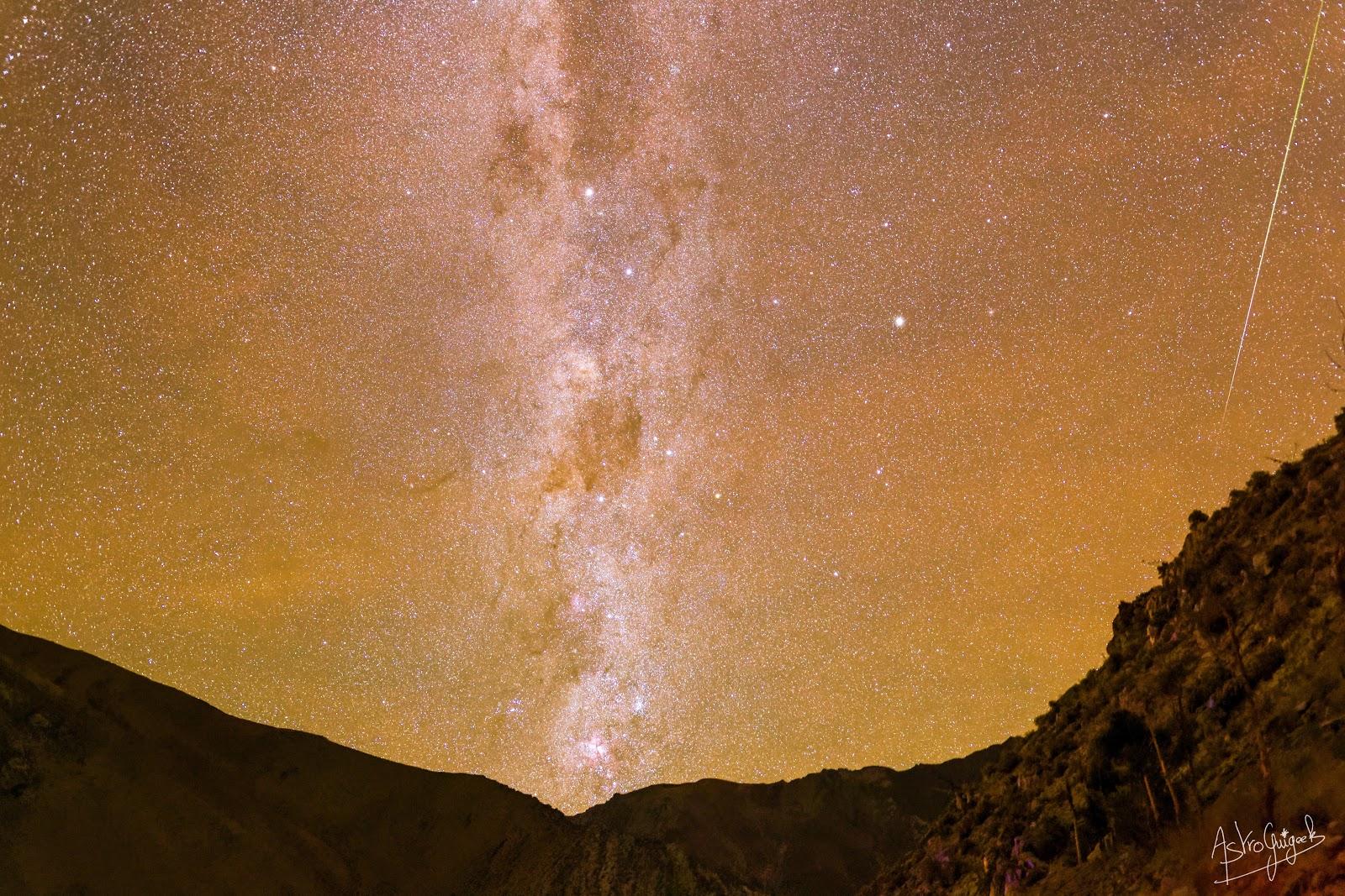Phénomène double dans le Ciel : Airglow et Météore