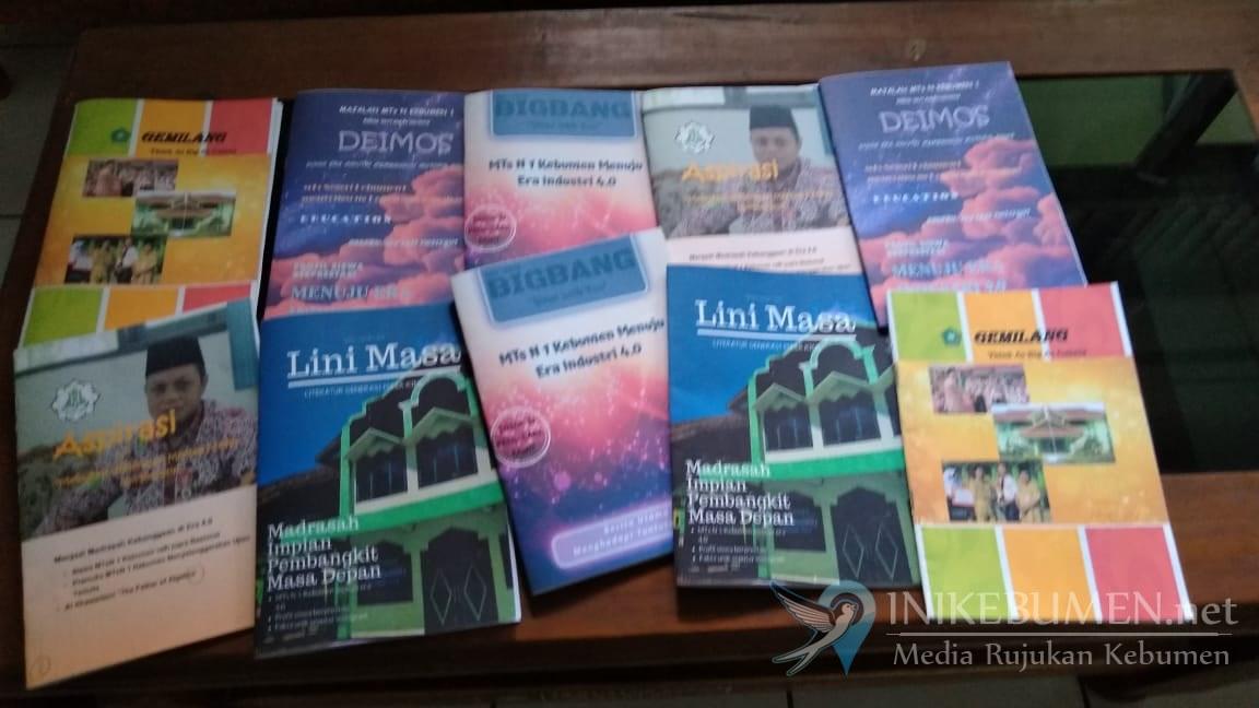 Workshop Jurnalistik Siswa MTs Negeri 1 Kebumen Terbitkan Lima Majalah