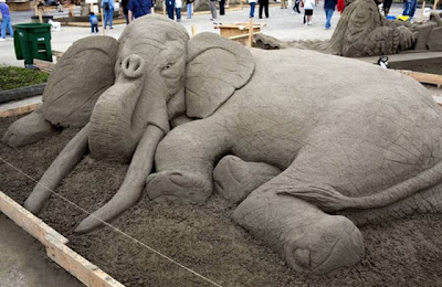 Escultura de arena de elefante