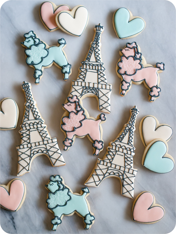 Paris-Themed Decorated Cookies | bakeat350.net