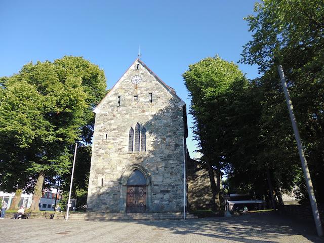 Catedral de Stavanger (@mibaulviajero)