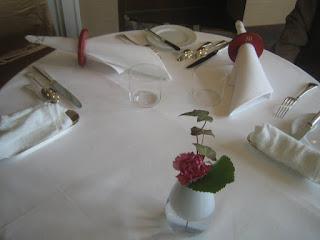 最上席のテーブル