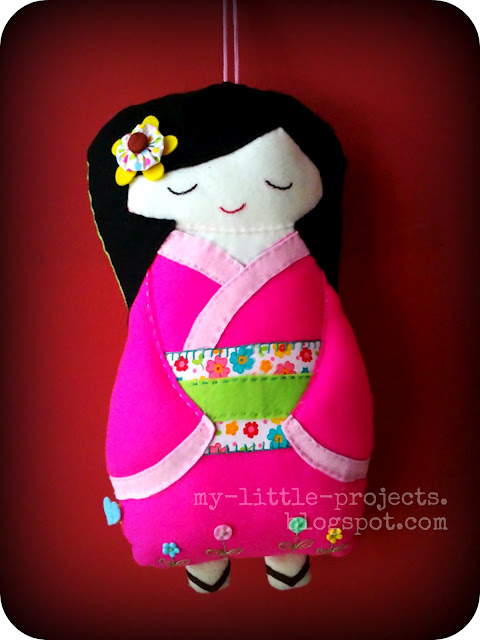kokeshi wall decor