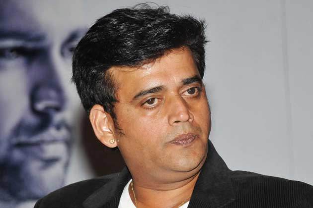 Ravi Kishan wiki, Biography, Profile details. Bhojpuri actor Ravi Kishan filmography wiki, upcoming movies list info, Check out Ravi Kishan and Priti Latest HD photos, Images, Wallpaper