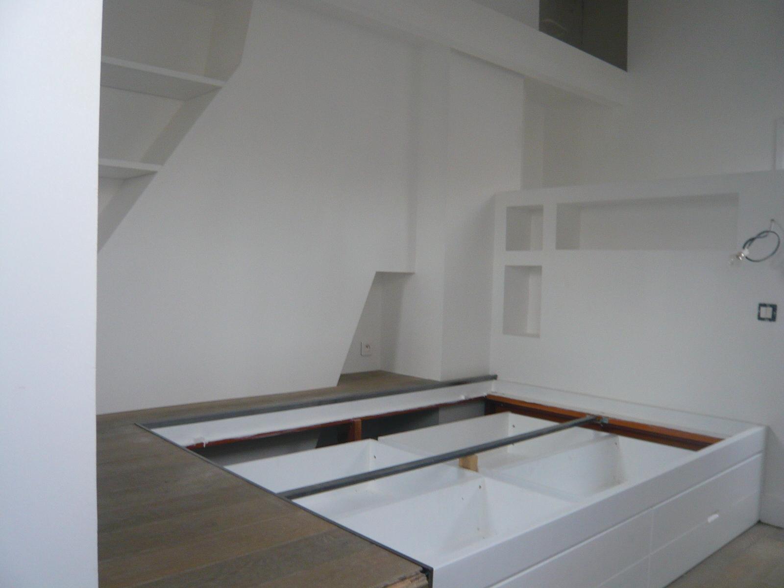 Lit Estrade Chambre Studio Studio Creer Amenagement Salon Orsay
