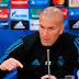 """Zidane exige algo a mais de Benzema: """"Ele sabe que pode dar mais de si"""""""