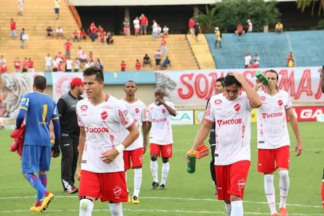 Com uma boa atuação, Vila Nova desbanca Atlético e volta a brigar por classificação