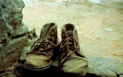 Resultado de imagen para imagenes de zapatos viejos
