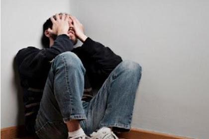 9 Tanda ini Beritahu Kamu Gejala Depresi Yang Sering Tak Terduga