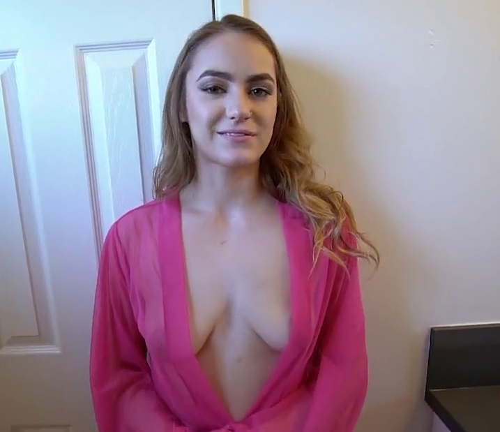 She Makes Me Cum Her Mouth