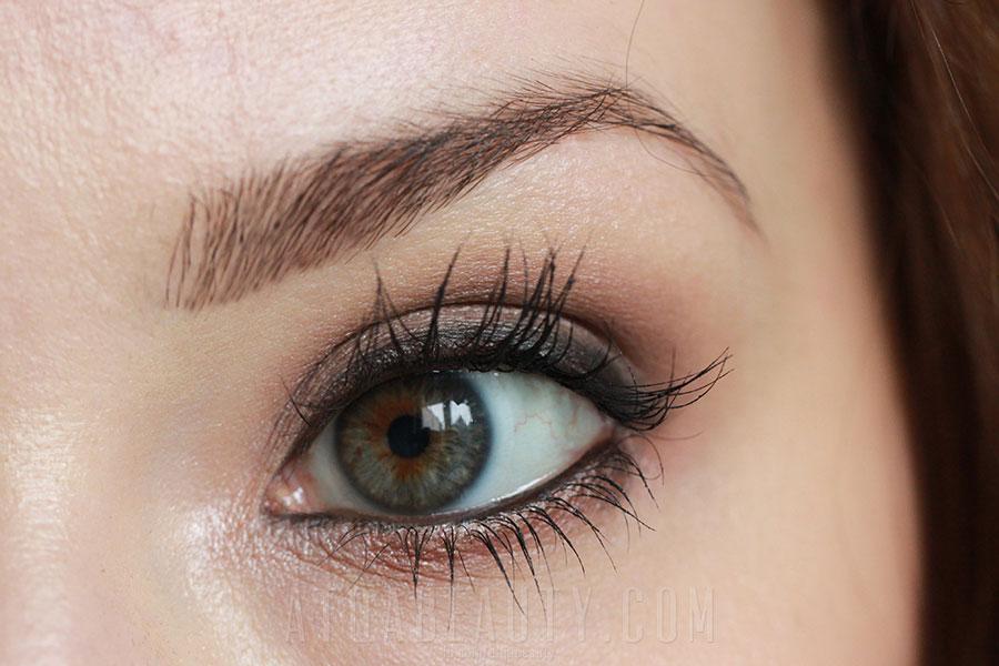 Mineralnie z Lily Lolo • makijaż wieczorowy • Atqa Beauty Blog