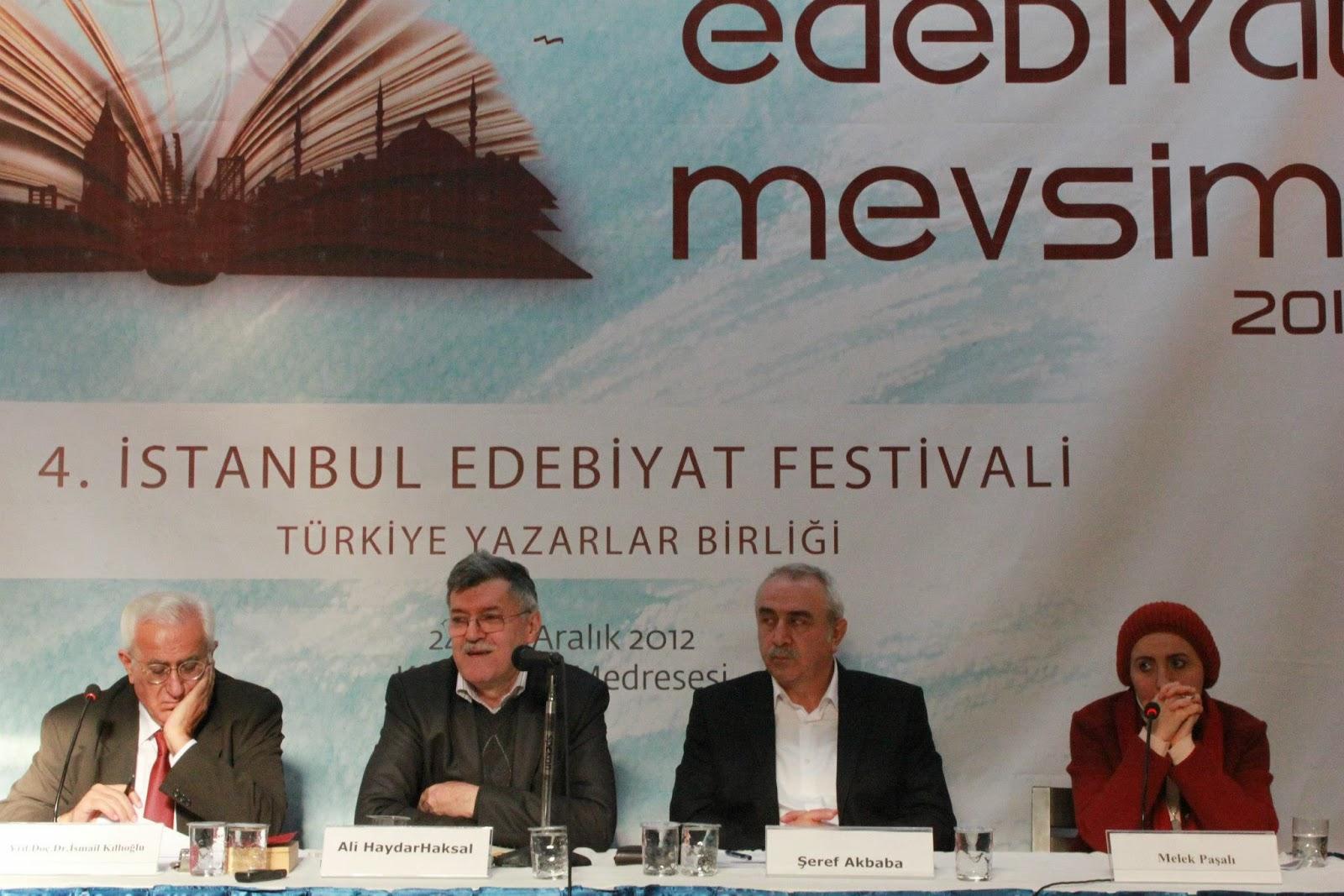 Türkiye'de kadınlar kalbinden dertli