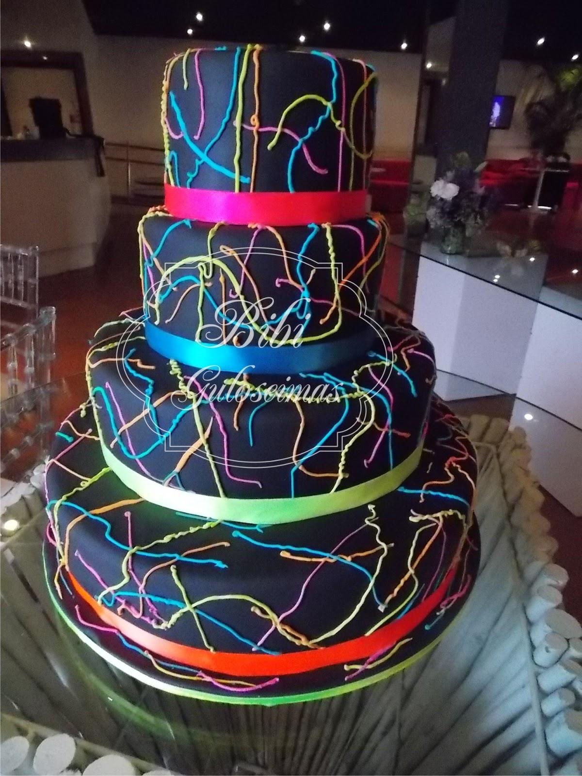 Bibi Guloseimas Bolo para Casamento ,15 Anos e Eventos -> Decoracao De Oncinha Para Festa