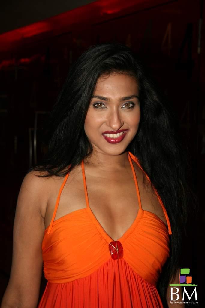 Rituparna Sengupta Hot Sexy Wallpapers  Hot-Celebs-Wallpapers-6019