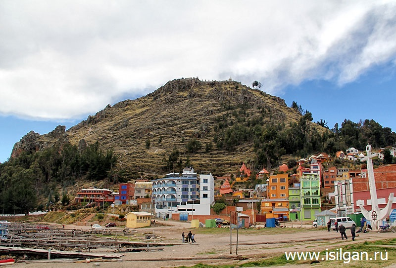 Gora-Serra-Kalvario-Cerro-Calvario-Gorod-Kopakabana-Bolivia