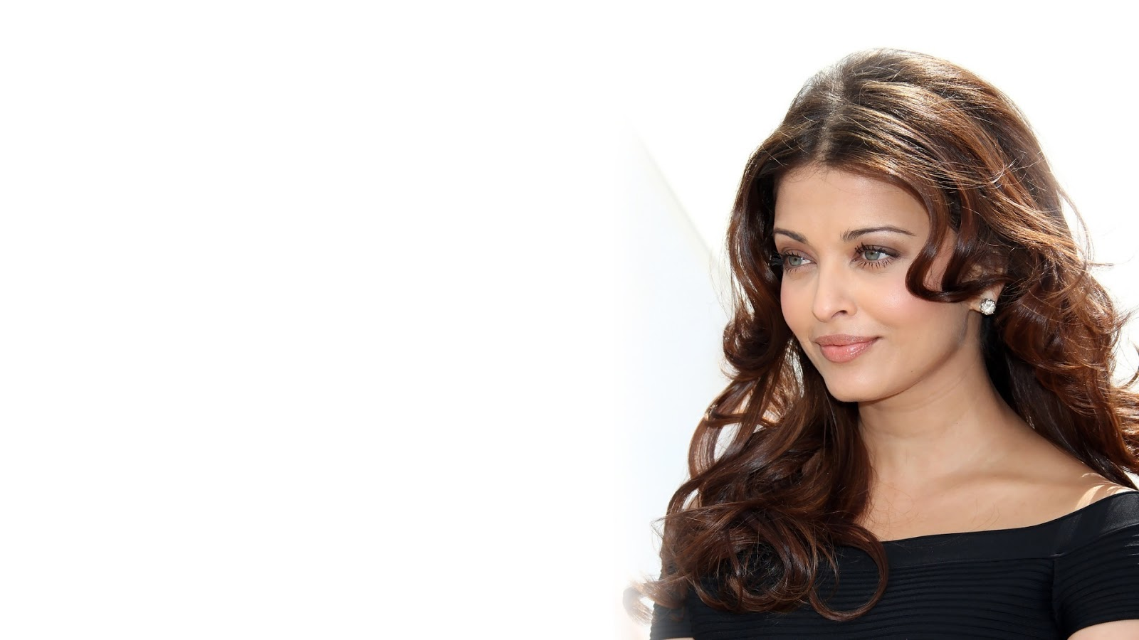 Widescreen Aishwarya Rai HD Wallpaper