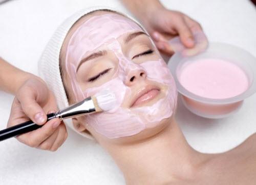 Làm đẹp da từ dâu tây quá dễ dàng và hiệu quả