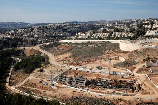 Israel construirá 2 mil 500 viviendas ilegales en Cisjordania