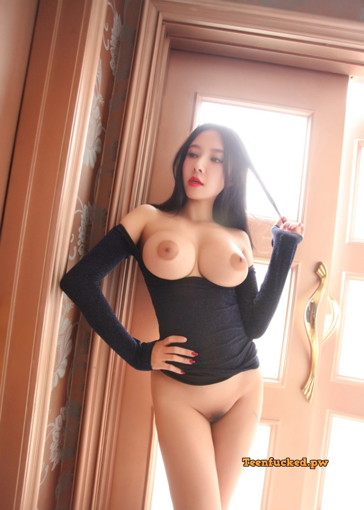 DlGDXiWwRQQ wm - Sexy cute asian girl model 2020 best big tits