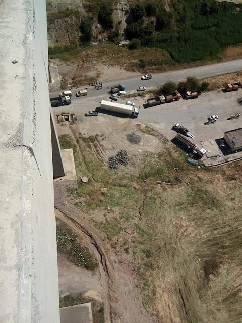 #حدث_مساء_اليوم /انتحار فتاة بعد ان رمت بنفسها من اعلى جسر طريق البرواقية الجديد . ولاية #المدية