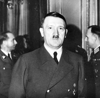 27 September 1940 worldwartwo.filminspector.com Tripartite Pact signing ceremony Adolf Hitler