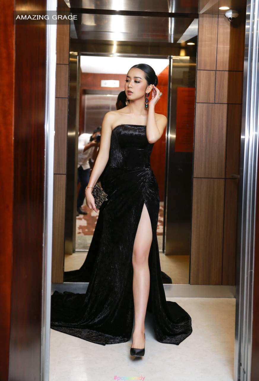 Mary Attends L'OREAL Paris Myanmar Red Carpet Show