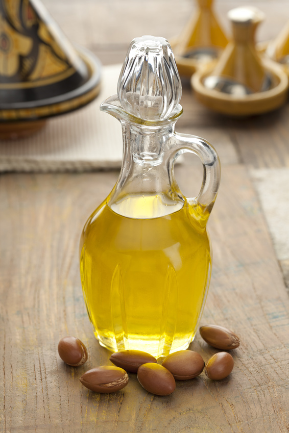 Z czego powstaje olej arganowy. Olej w dzbanku
