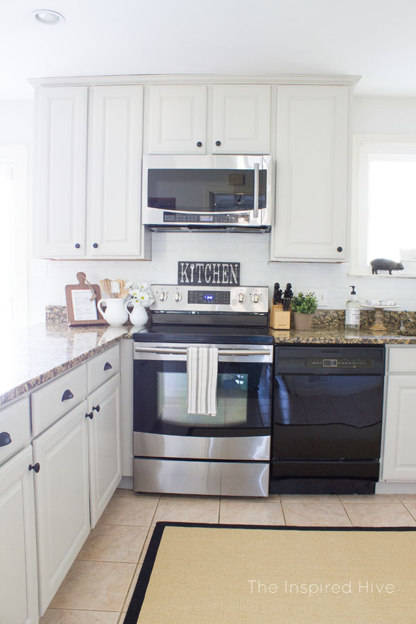 A jute rug is the perfect touch for a farmhouse style kitchen.