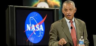 Charles Bolden amministratore della NASA