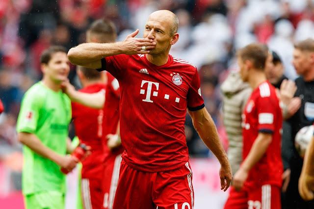 Robben trở lại đầy cảm xúc sau 5 tháng dưỡng thương 2