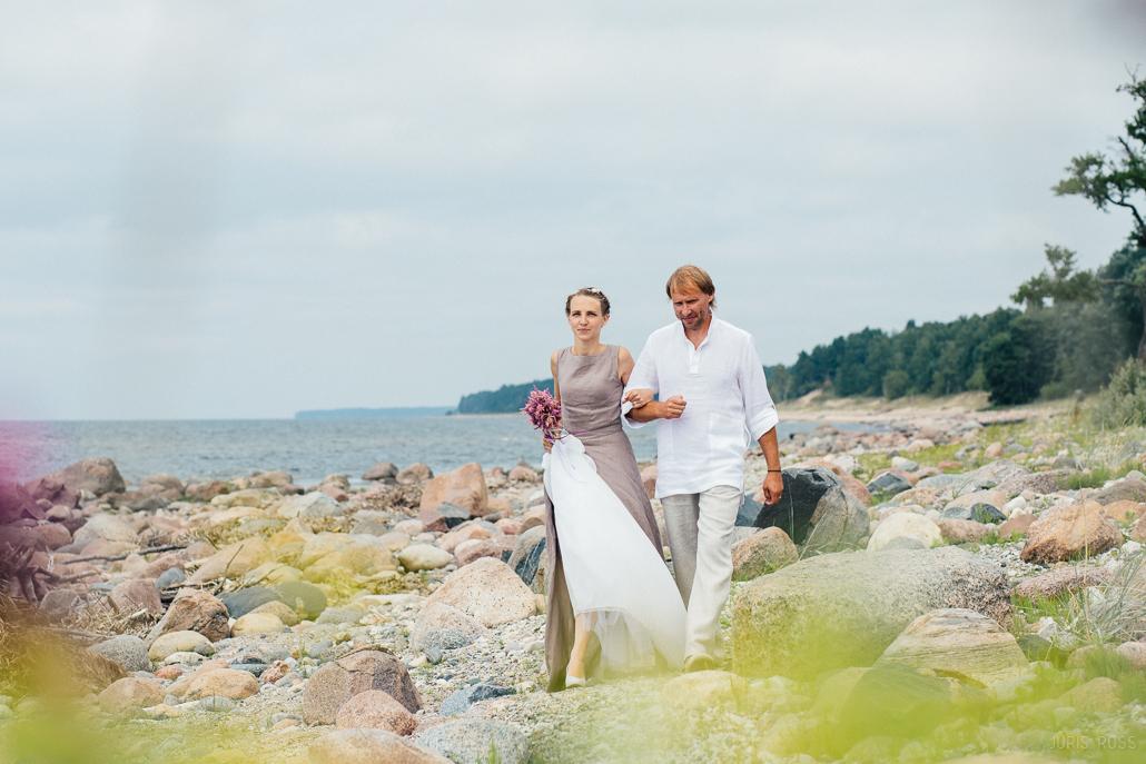 lina kāzu kleita
