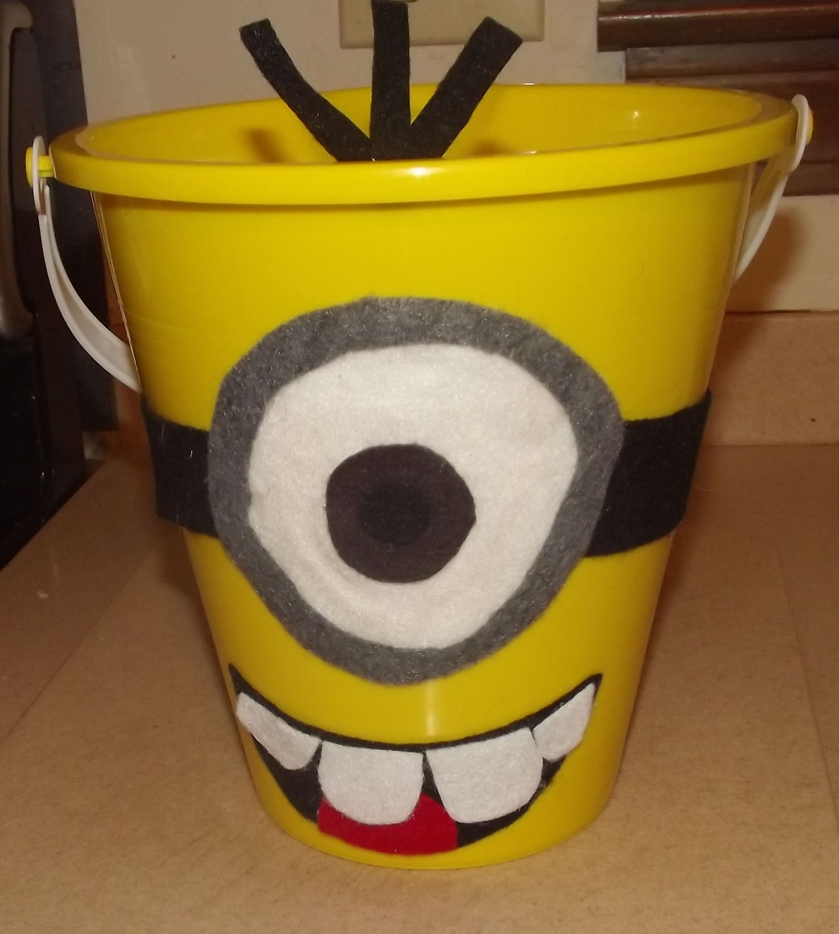 Minion Mouth Hoyby Crafts Despicable Me Minion Popcorn Bucket
