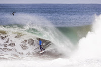 4 Michel Bourez Rip Curl Pro Portugal foto WSL Laurent Masurel