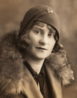 Britons in the 1930s always wore hats, as Kathleen Lovis from Plymouth shows