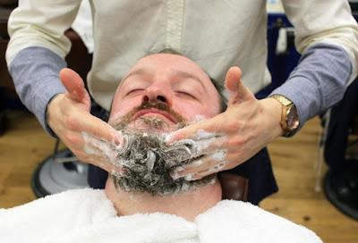 Kondisioner dan Shampoo Khusus Brewok