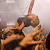 'Perfect Illusion' debuta en el puesto #15 del chart 'Hot 100'