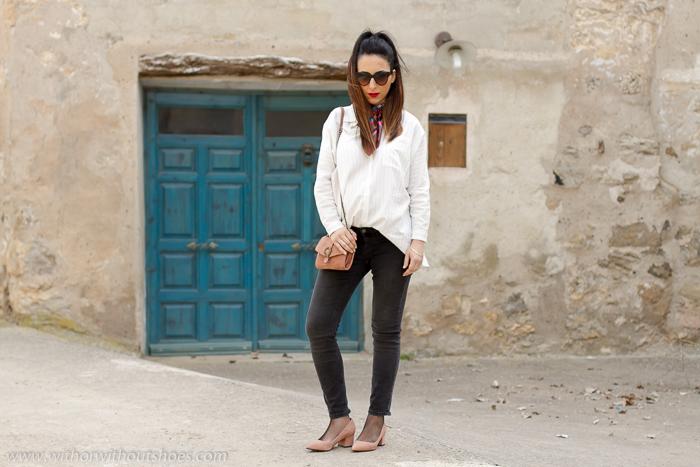 Como quedan los pantalones vaqueros de pre mama de Zara